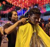 Potong rambut 07
